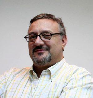 Sergio Dahbar es escritor, periodista y editor nacido en Córdoba, Argentina.