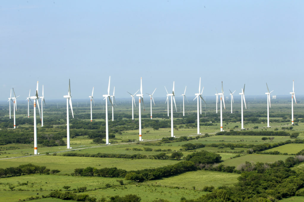 Barbero apunta a las energías renovables como pieza clave en el modelo de infraestructuras de los próximos años / Flickr: Acciona México