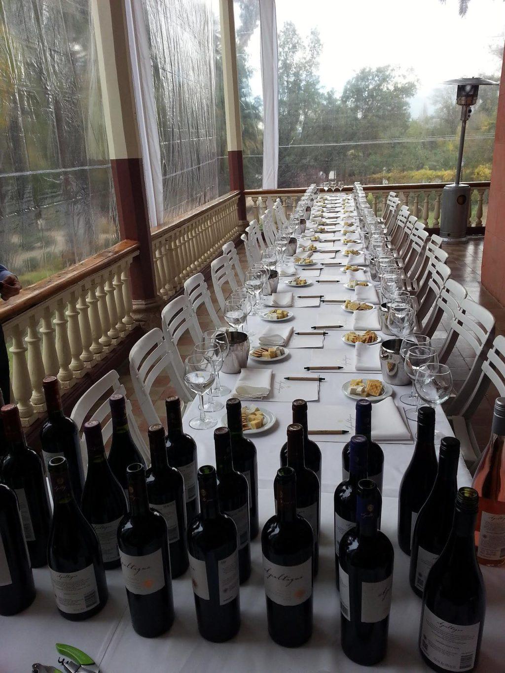 Los viñedos Apaltagua tienen hasta una casona para celebrar bodas acompañadas de sus vinos / www.apaltagua.com