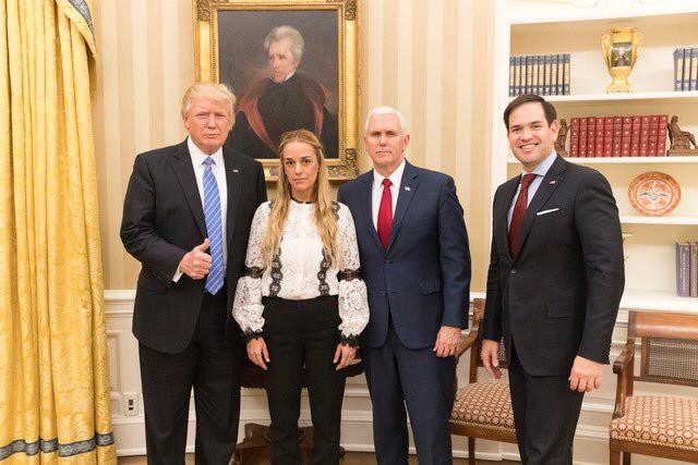 La foto de Trump con Lilian Tintori y su tuit sobre Leopoldo López le dieron la vuelta al mundo / Foto: @realDonaldTrump