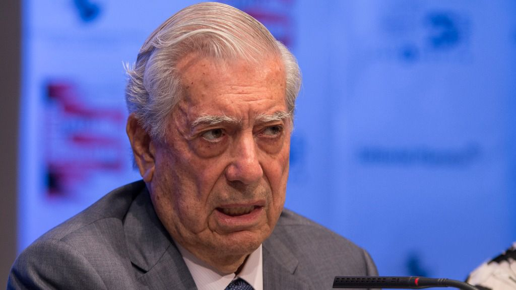 """Mario Vargas Llosa aplaude la """"lucha heroica de los venezolanos"""" / Flickr: Casa de América"""