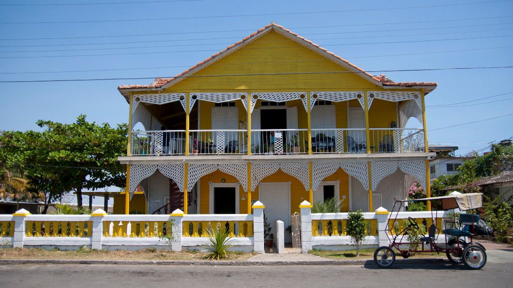 El 'deshielo' con EEUU hizo que los precios de las casas en Cuba tuviesen un repunte / Flickr: lezumbalaberenjena
