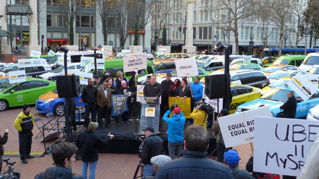 Fue tan descomunal el éxito de Uber que rápidamente surgieron protestas de taxistas / Foto: Wikimedia Commons