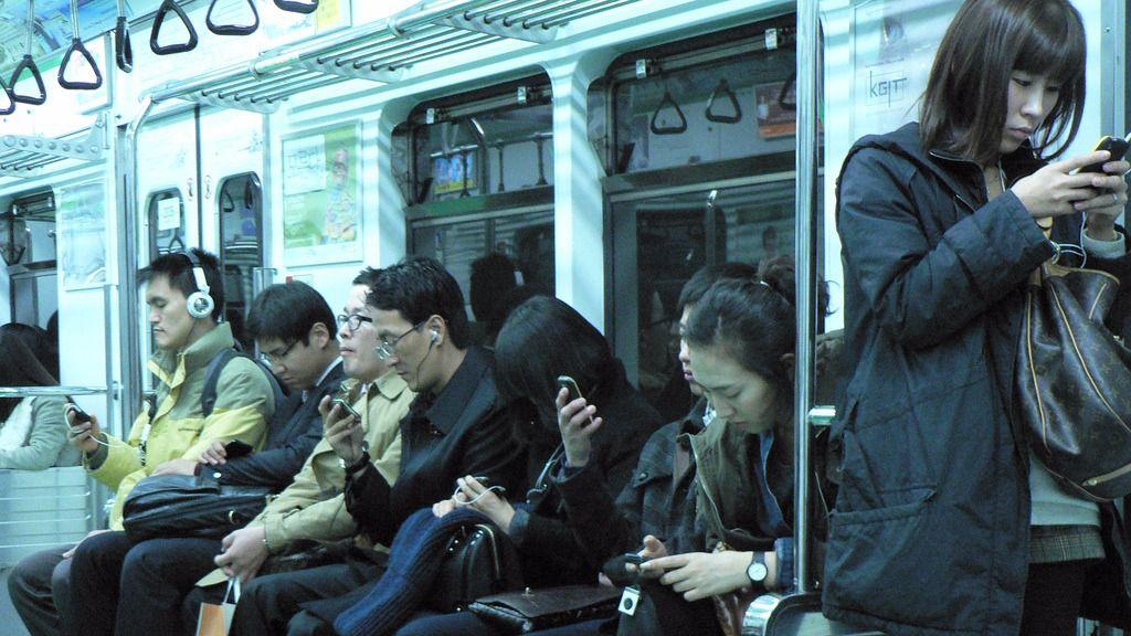 El móvil está adquiriendo la categoría de problema de salud pública / Foto: Flickr