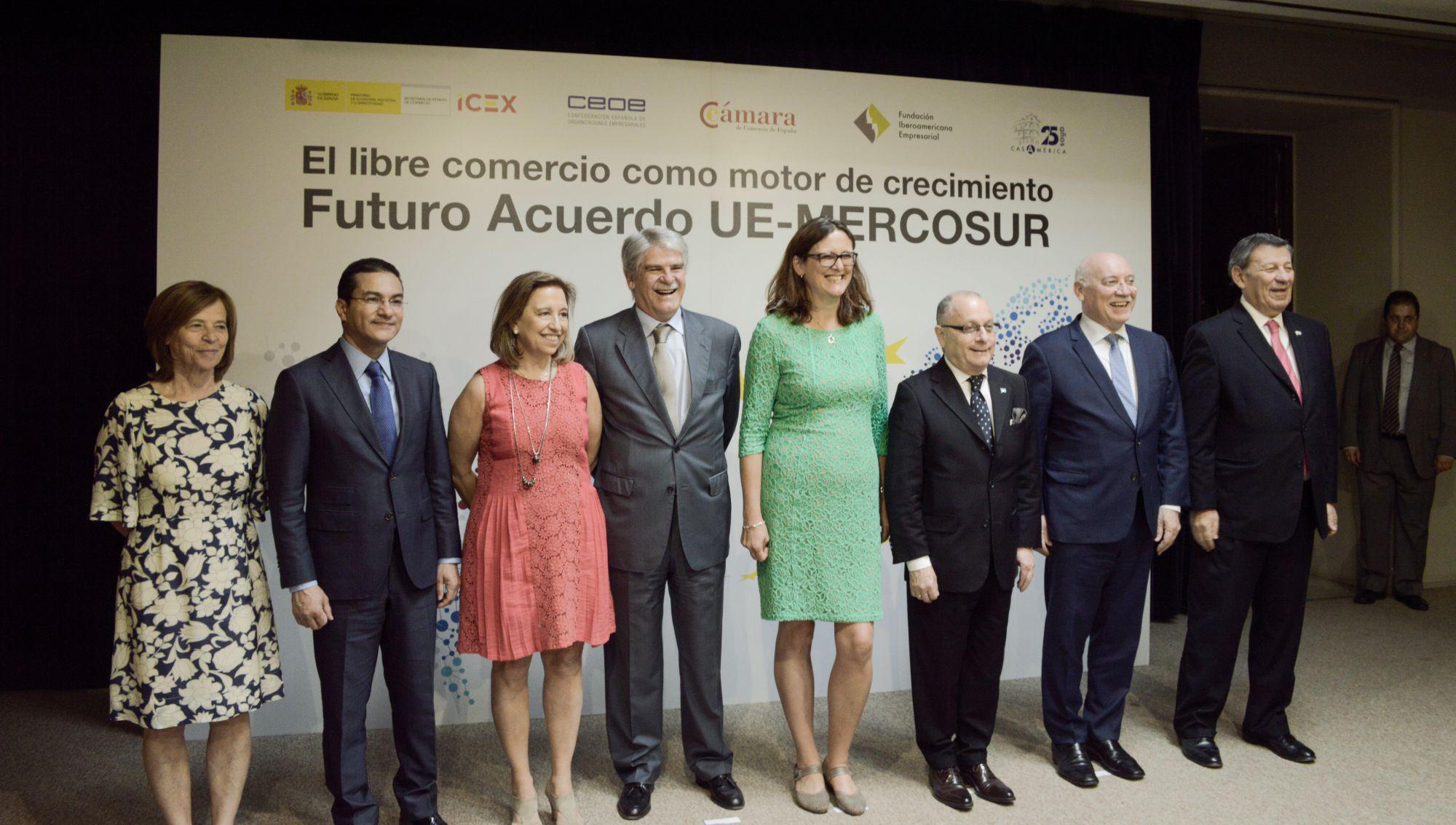 La Unión Europea, Mercosur y España posan en pro del libre comercio / ALN: Malala Sansur