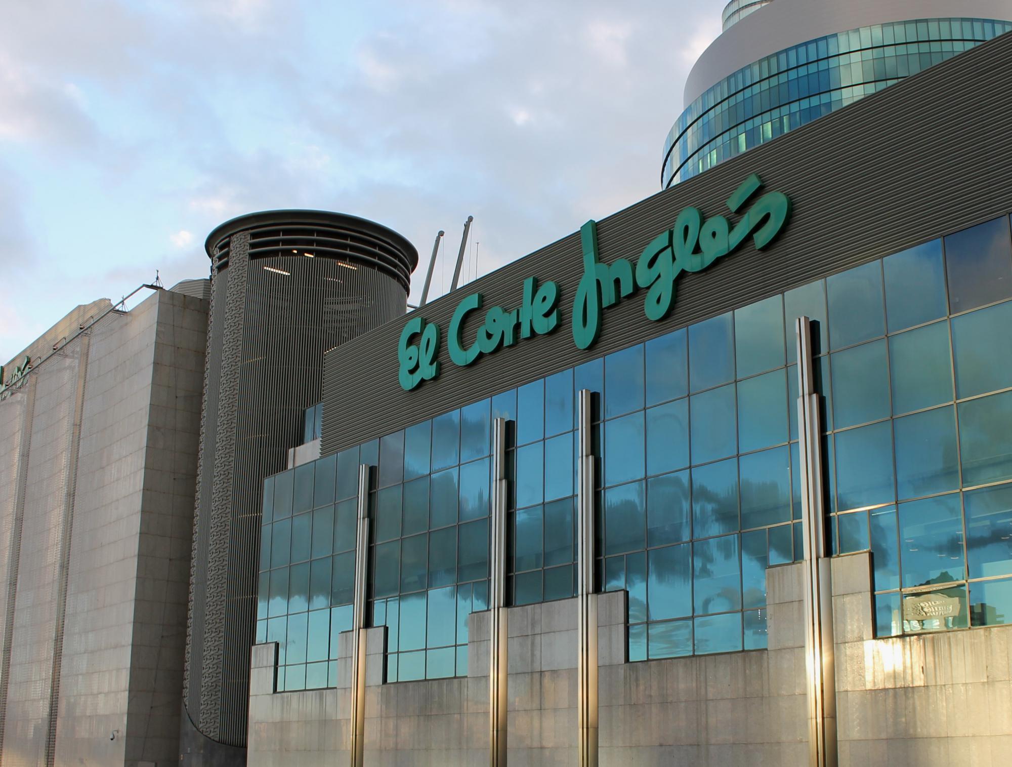 Los ingresos de El Corte Inglés superaron los 15.500 millones de euros / Foto: Luis García