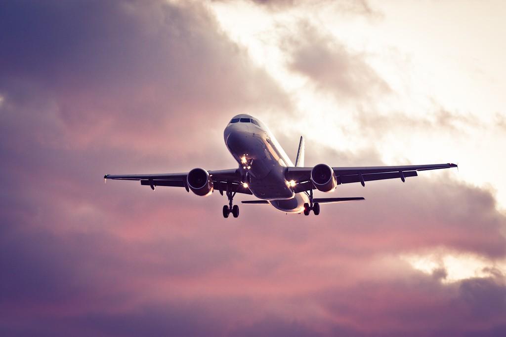 La revalorización del euro es una buena noticia para las aerolíneas europeas / Flickr: Nieto Porras