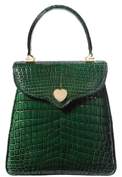 Hecho en cocodrilo y con oro y diamantes en el broche de cierre, el bolso está en óptimas condiciones / Foto: www.ha.com