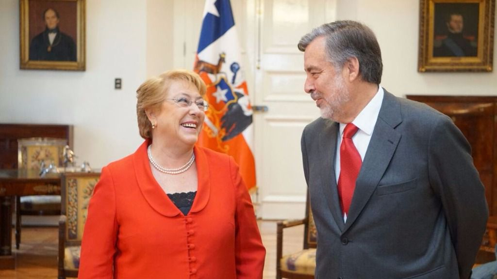 Michelle Bachelet y Alejandro Guillier