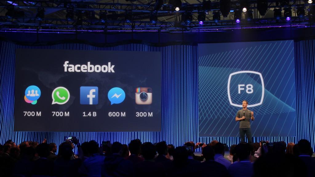 Zuckerberg ya tiene varias aplicaciones en sus bolsillos / Foto: Wikipedia