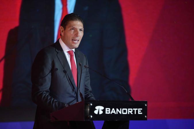 Antes de presidir Banorte, Carlos Hank estuvo al frente de Banco Interacciones / Foto: Banorte