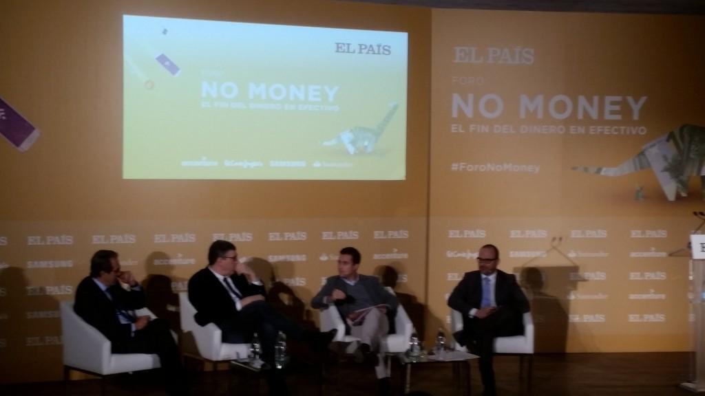 El fin del dinero es un paso para la democratización, aseguran los expertos / Foto: ALN