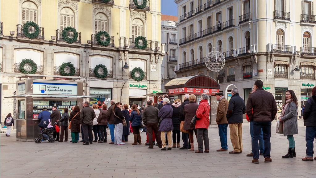 """""""Si le toca El Gordo lo más inteligente no es invertir el 100% en Bolsa"""", apuntan desde XTB / Flickr: Barcex"""