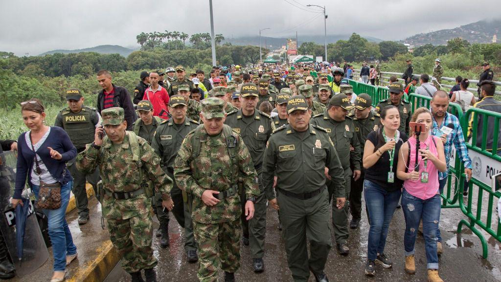 """Las medidas de Colombia y Brasil """"no atienden a las causas de los desplazamientos"""" / Flickr: Policía Colombia"""
