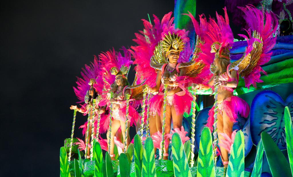 El Carnaval en Brasil mueve tanto dinero como una multinacional energética / Foto: Nicolás de Camaret