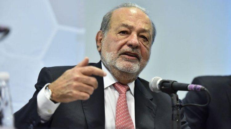 Slim muestra su preocupación por la intención de AMLO de paralizar el nuevo aeropuerto de México / Foto: FS
