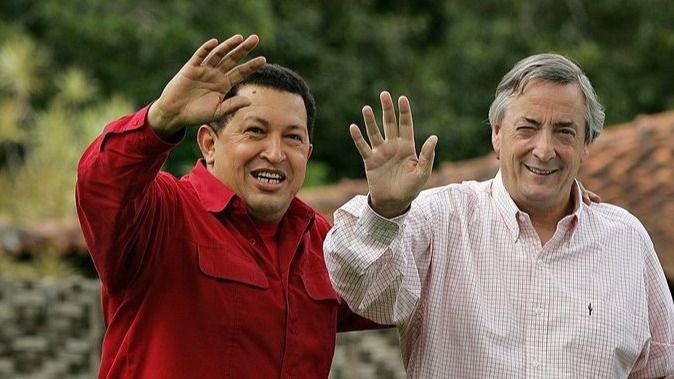 Chávez y Kirchner: 2 presidentes muertos salpicados por la corrupción / Foto: Wikimedia