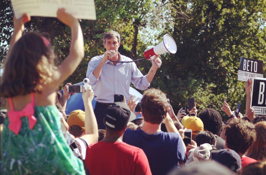 Beto O'Rourke ha galvanizado con especial entusiasmo a los hispanos / Foto: @BetoORourke