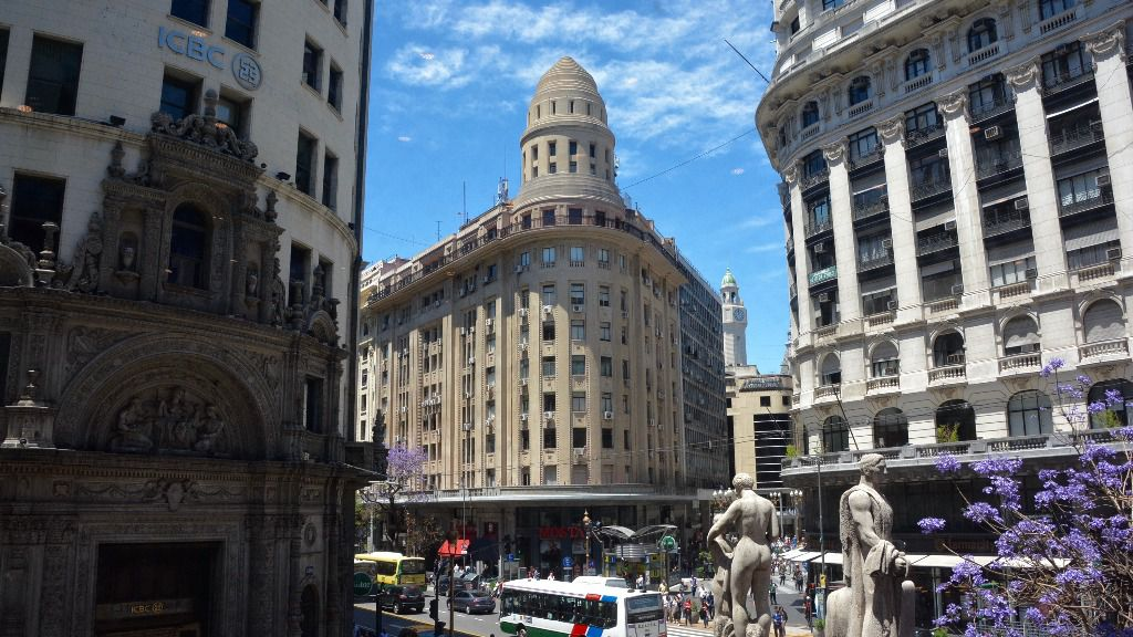 La calle Florida es la milla de oro de Argentina / Flickr: Alejandro
