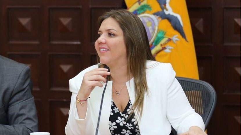 Vicuña dimitió de la vicepresidencia de Ecuador / Twitter: @marialevicuna