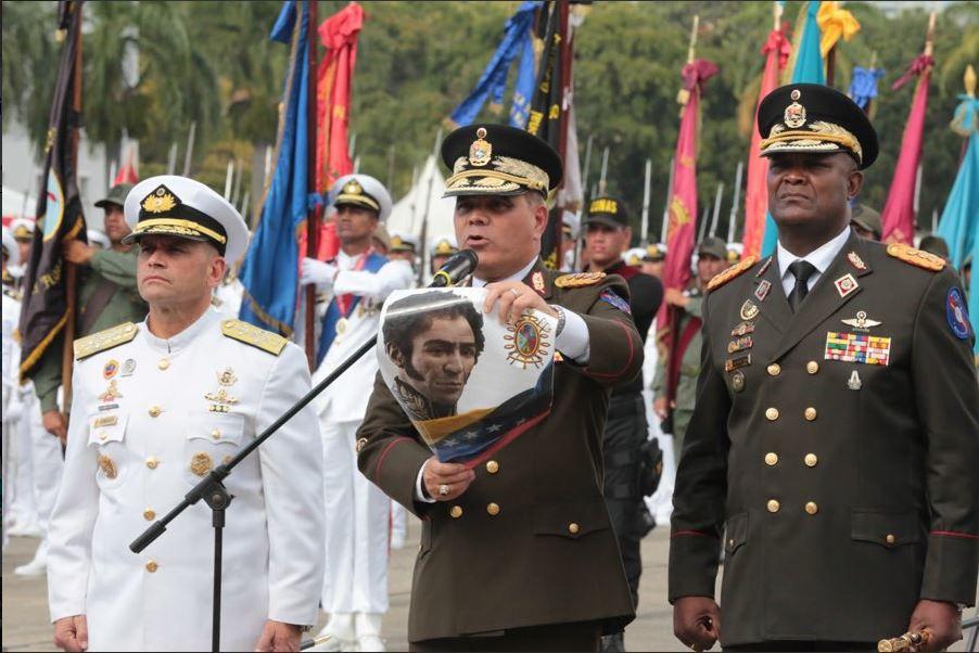 Maduro recibió el respaldo explícito del ministro de la Defensa / Foto: @vladimirpadrino