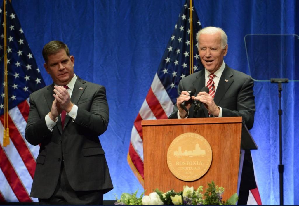 El exvicepresidente Joe Biden va a la cabeza según los primeros sondeos / Foto: @JoeBiden