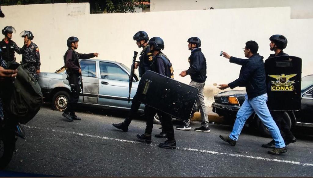 Se repiten los casos de persecución y agresión a periodistas / Foto: SNTP