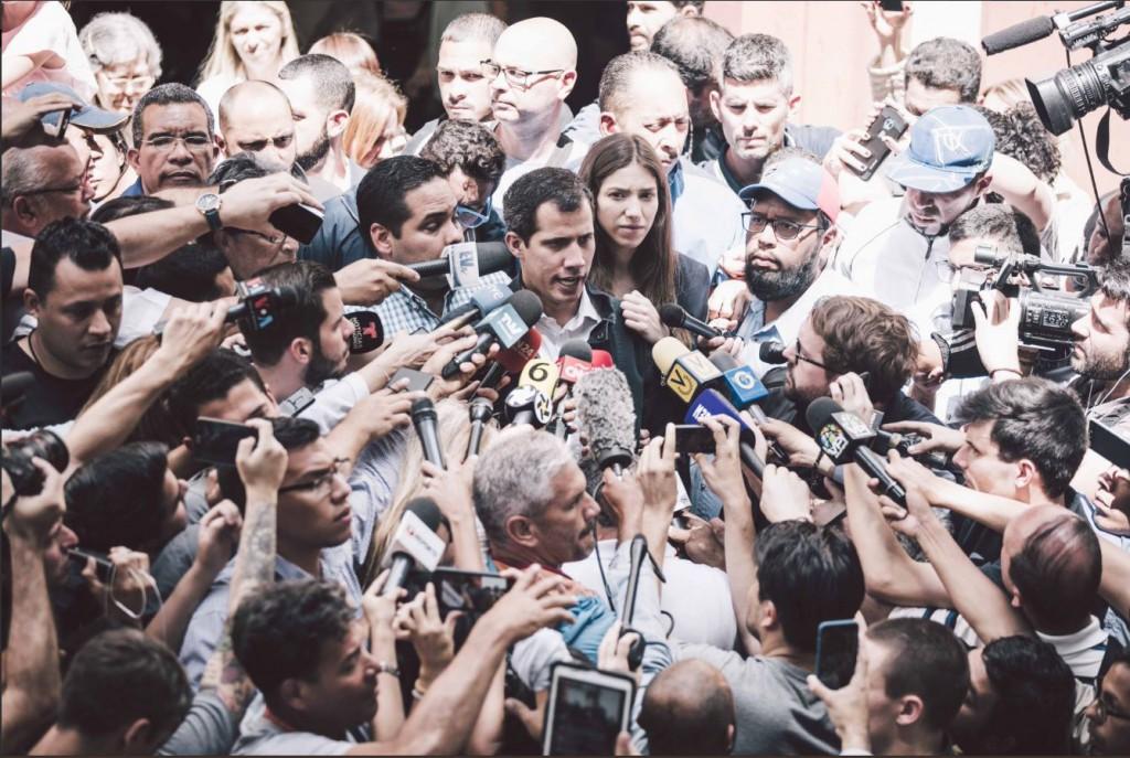 Guaidó anunció que en febrero llegará ayuda humanitaria internacional / Foto: @juanguaido
