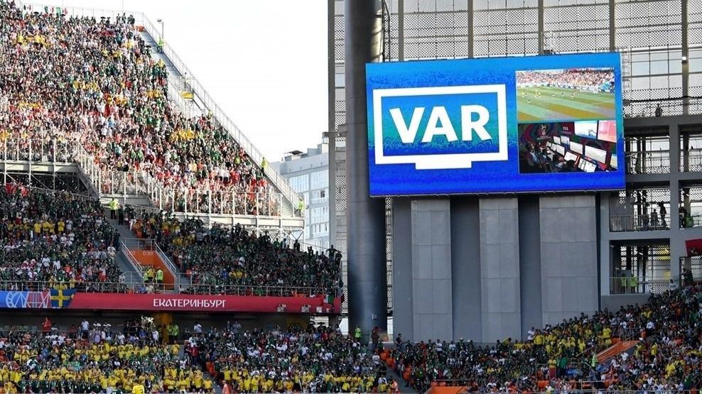 Con el VAR los goles se celebran dos veces, y los errores duelen más / Foto: UEFA
