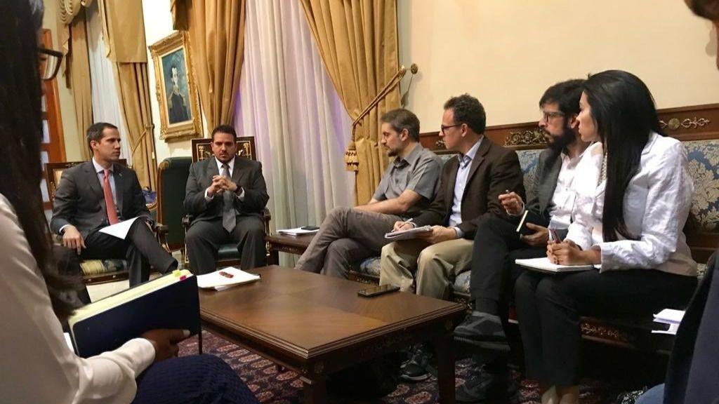 La reunión se produjo este martes / Twitter: @delsasolorzano