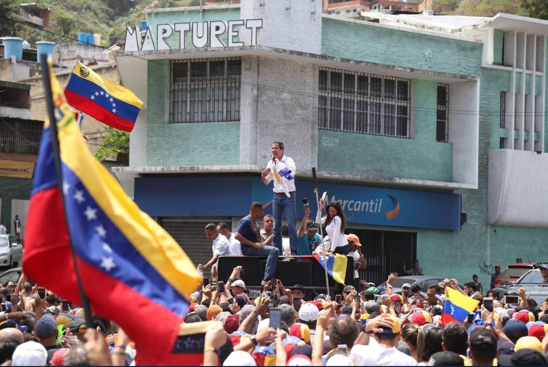 ¿Podrá Maduro encarcelar a Guaidó? / Foto: @jguaido