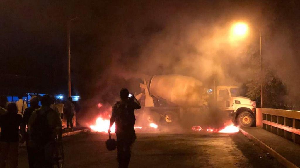 Hubo llamas y piquetes en las protestas de Honduras / Foto: COPINH