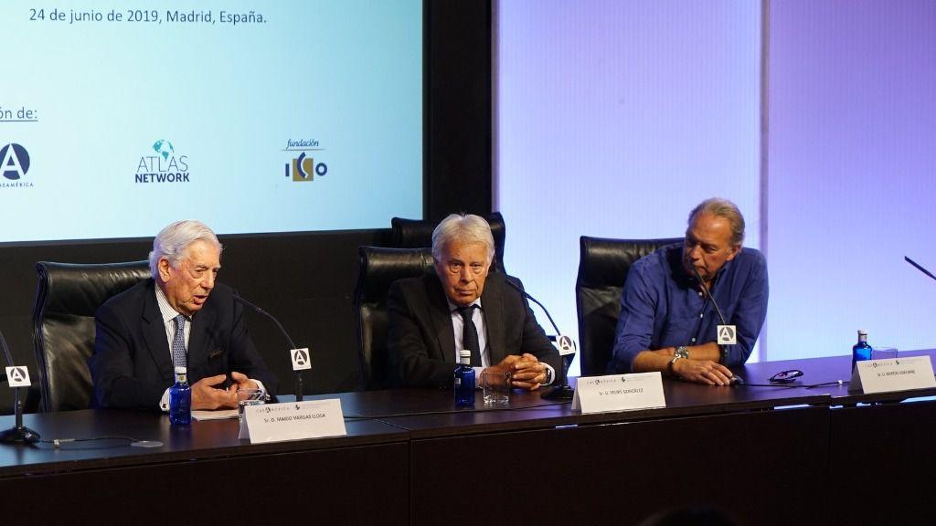 Vargas Llosa y González respondieron al unísono sobre quién es el líder de la oposición / Foto: Casa de América