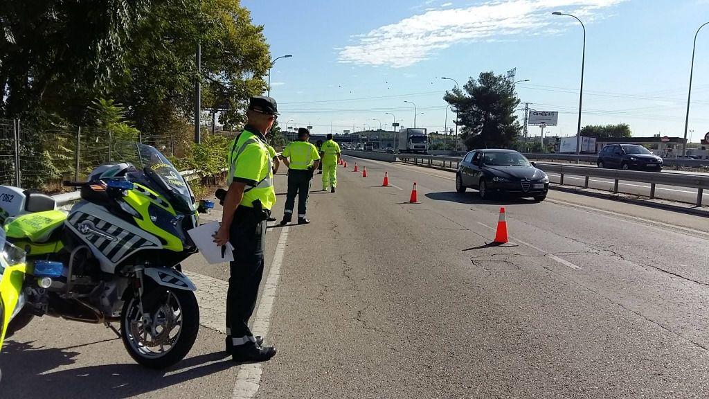 Los venezolanos en Madrid y Barcelona cruzan media España para canjear su carnet de conducir. / Foto: DGT