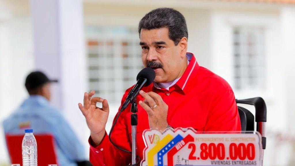 Nicolás Maduro también evalúa las conspiraciones de sus cercanos antes de salir del país. /Foto: P. Presidencial