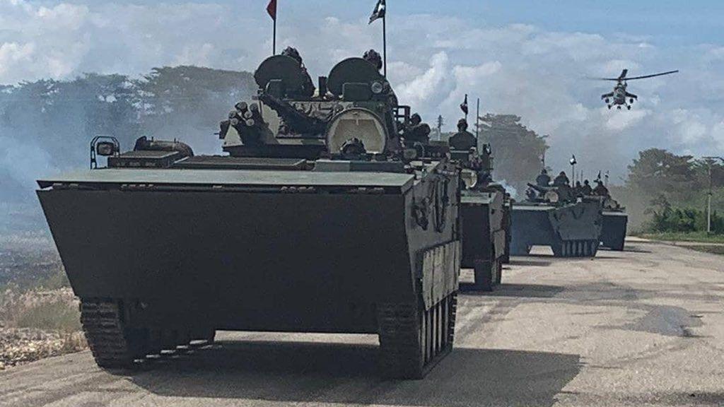 Maduro continúa con el despliegue militar por temor a una intervención militar./Foto: @armadaFANB