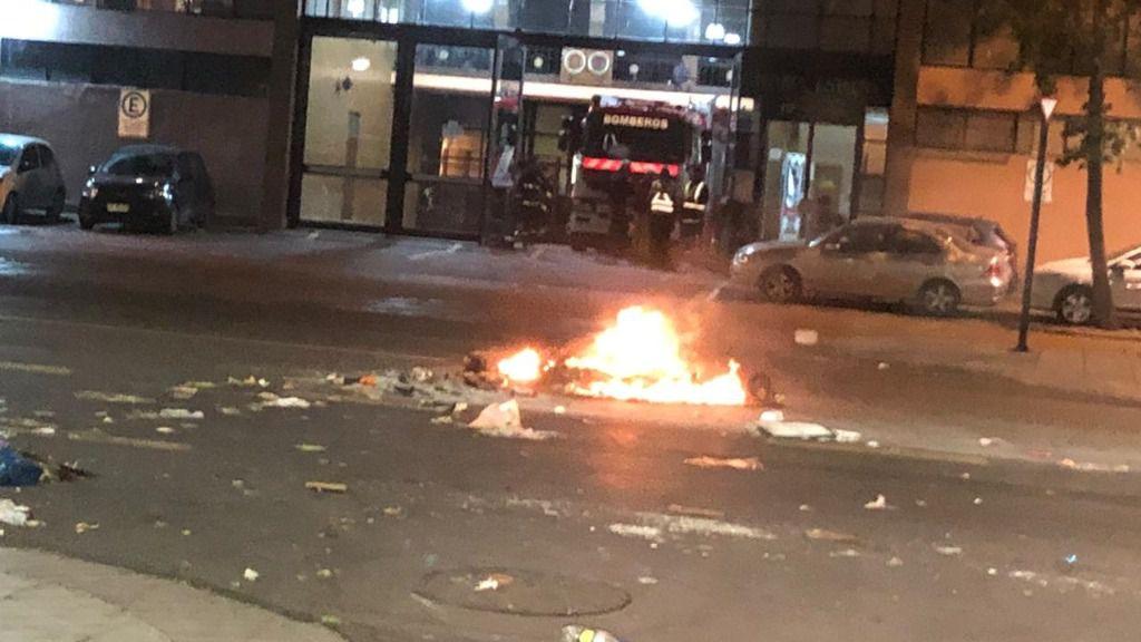 Detrás de las protestas en Chile estaría la izquierda radical / Foto: @BomberosdeChile