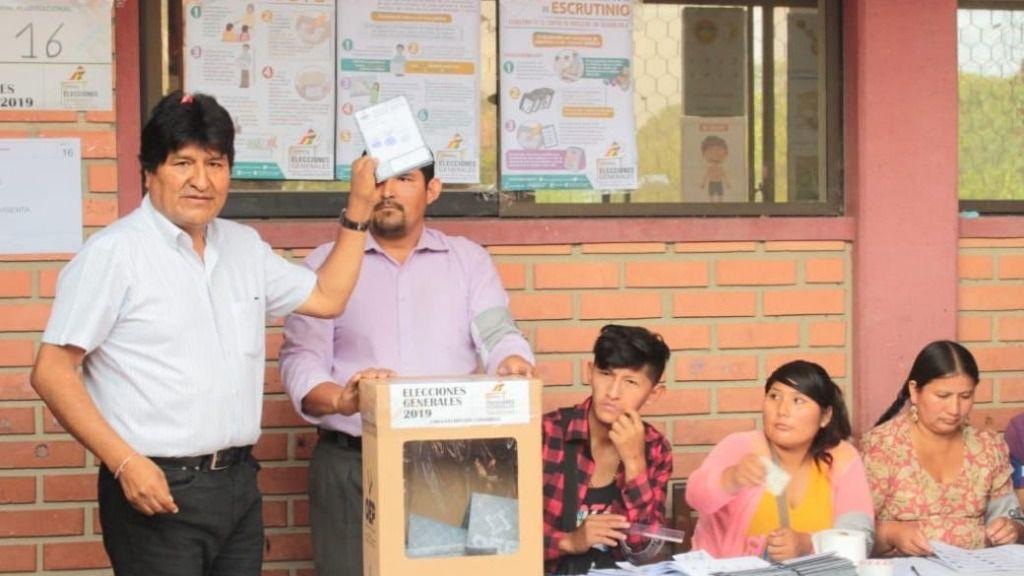 A la UE le preocupa lo ocurrido con el recuento de los votos en Bolivia / Foto: @evoespueblo