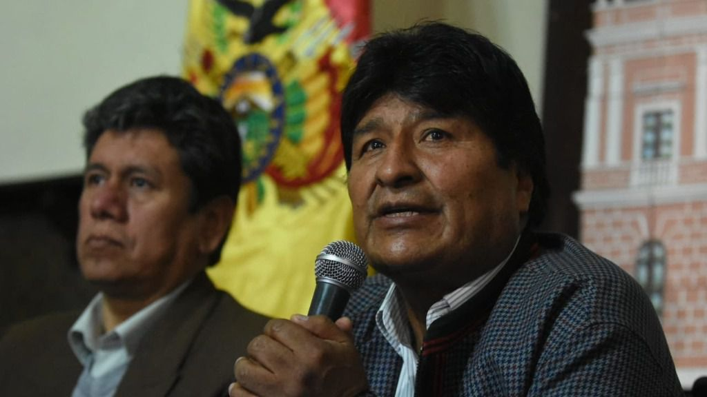 La sombra del fraude está bajo el cuarto mandato de Evo Morales / Twitter: @evoespueblo