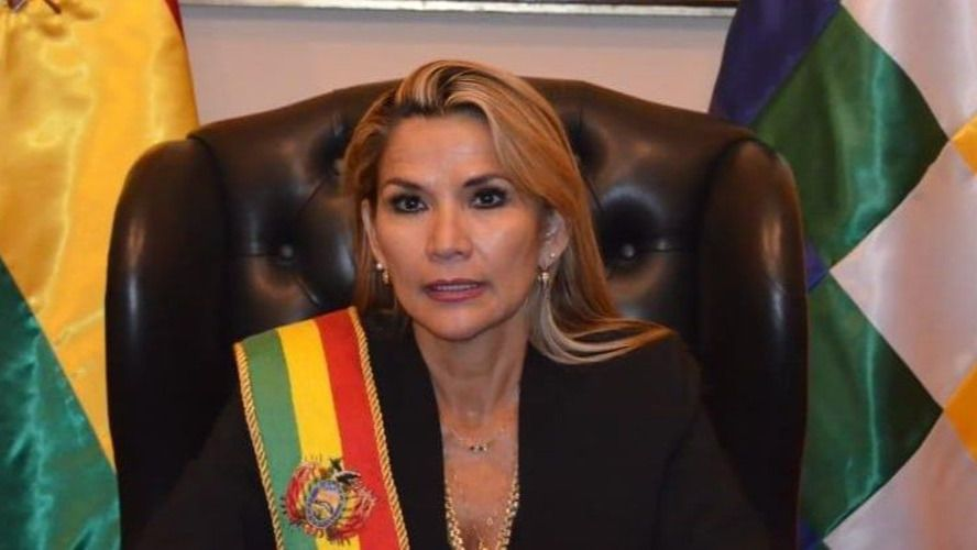 El decreto que firmó Jeanine Áñez está siendo criticado por todos / Foto: Presidencia Bolivia