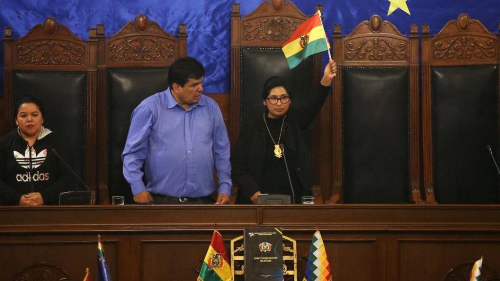 La presidenta de la Cámara de Senadores parece dispuesta a aprobar la dimisión de Evo Morales / Foto: MAS