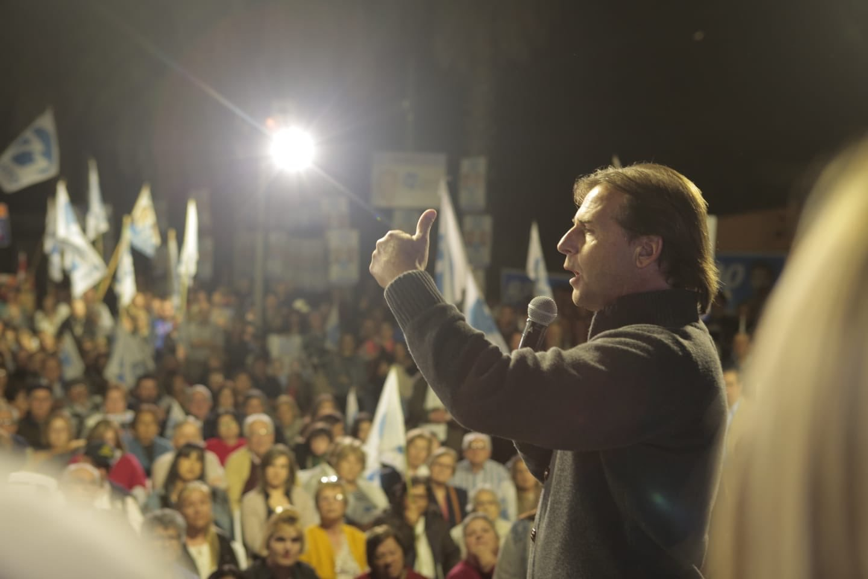 El presidente electo de Uruguay dice que hará presión a Maduro en todas las instancias / Twitter: @LuisLacallePou