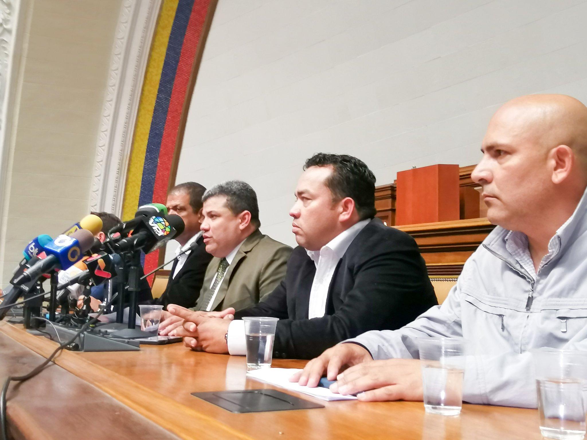 La farsa de Nicolás Maduro llega a los puestos de decisión de la UE / Twitter: @LuisEParra78
