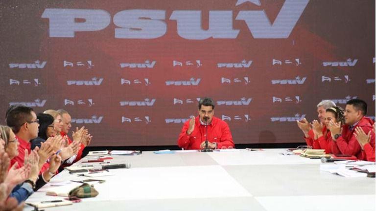 A Nicolás Maduro este modelo parece venirle como un traje a la medida / Foto: PSUV