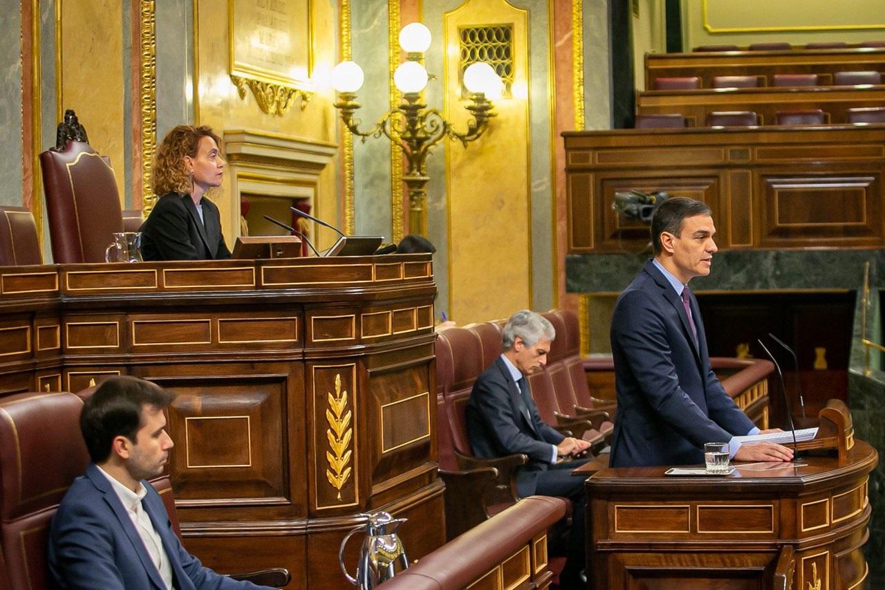 La sesión se dio en un hemiciclo semivacío / Foto: Congreso