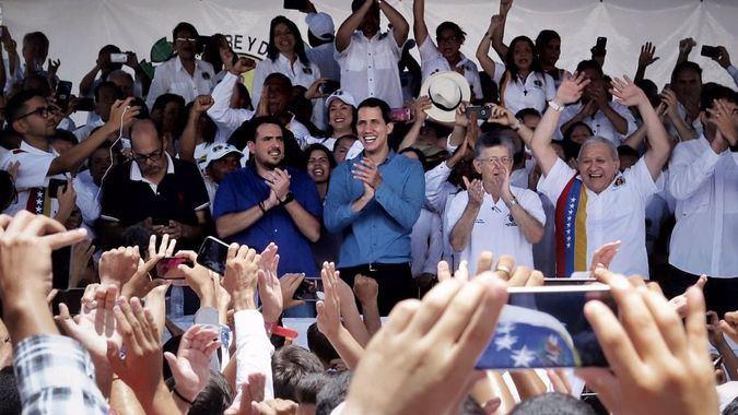 Henry Ramos Allup y Stalin González trabajan para que haya elecciones en Venezuela / Foto: AN