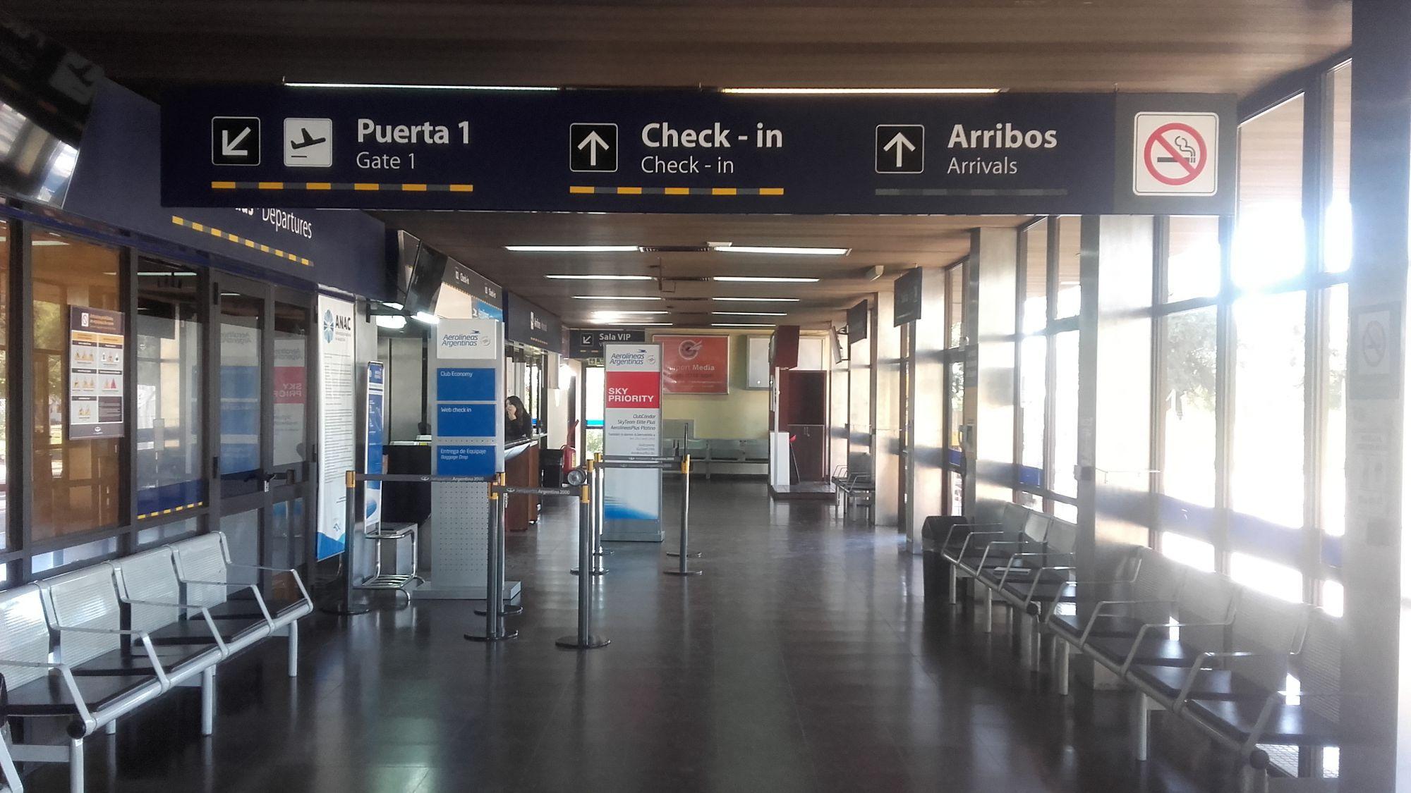 Aeropuerto-Wikipedia