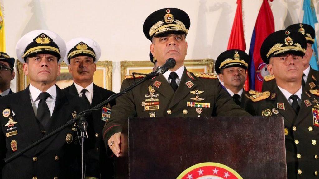 La propuesta se le hace a la coalición cívico-militar que sostiene a Maduro / Foto: FANB