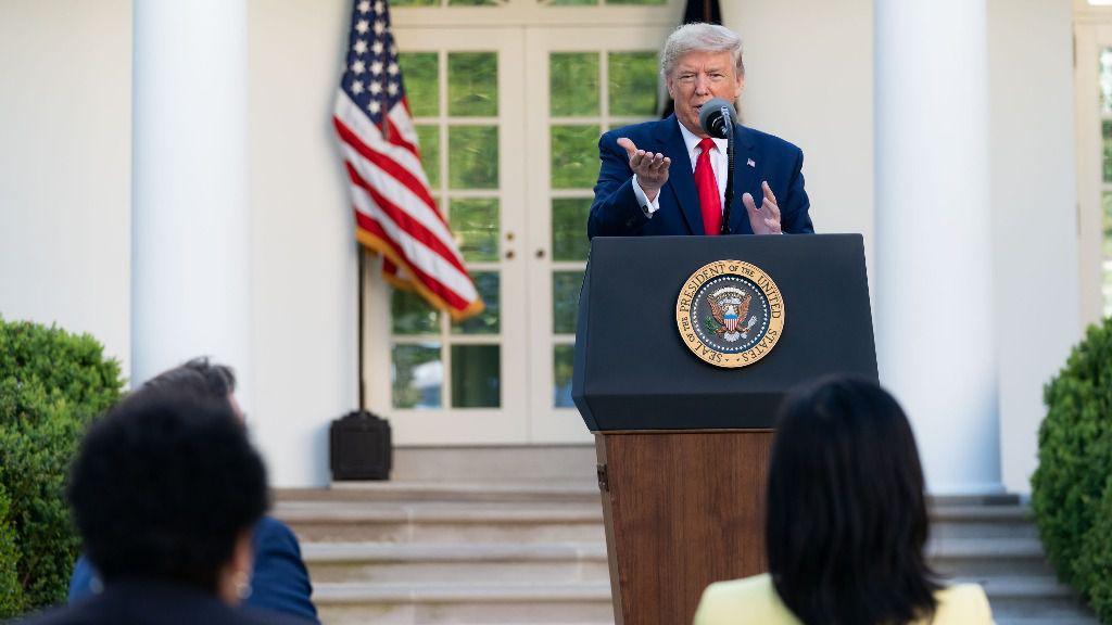 El índice de aprobación de Trump aumentó a un promedio de 47-48% / Foto: Casa Blanca
