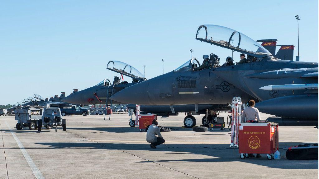 EEUU tiene más de 630 aviones de transporte y combate y más de 42.000 efectivos / Foto: Air Force